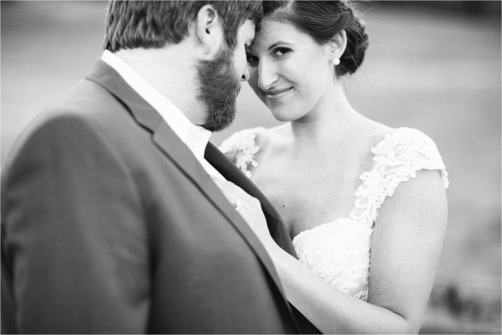 Nicholette & Ben : Backyard Barn Wedding