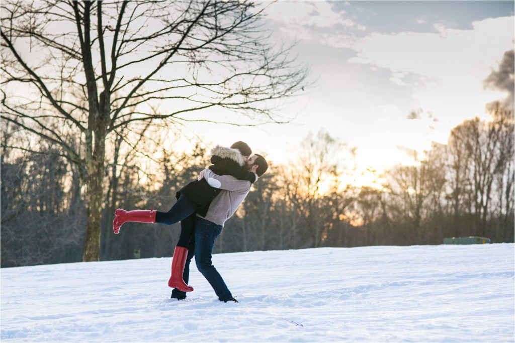 Snowy Engagement : Emily & Ryan